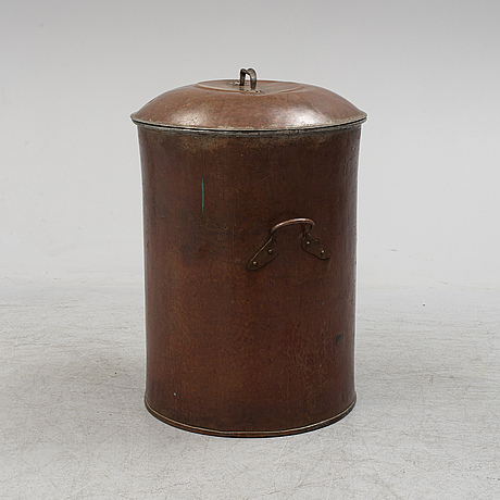 A copper barrel from around 1900.