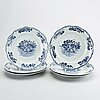 A set of six chinese blue and white 18th century porcelain plates.