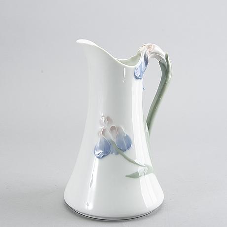 """Alf wallander, pot, """"iris"""", rörstrand, beginning of the 20th century."""