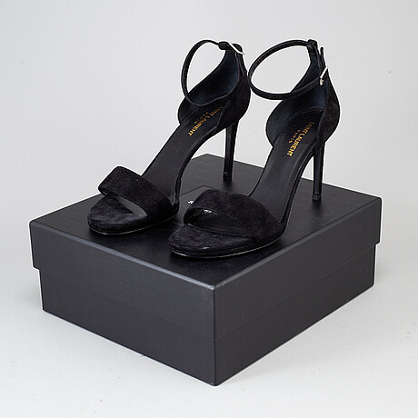 Yves saint laurent, a pair of suede heels, size 39 1/2.