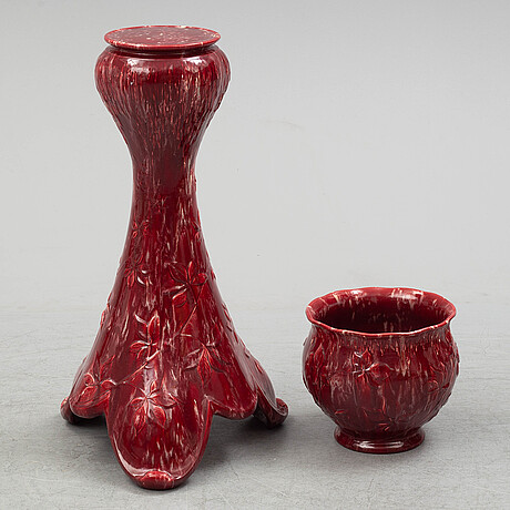 A ceramic pedestal and plant pot from rörstrand, circa 1900.