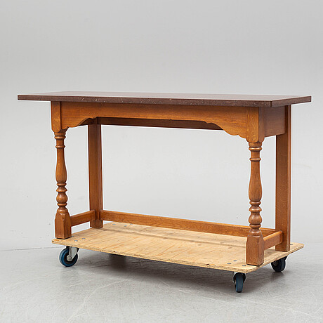 A late 20th century baroque style table.