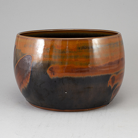 Carl-harry stÅlhane, a stoneware pot, rörstrand,  signed and dated -62.