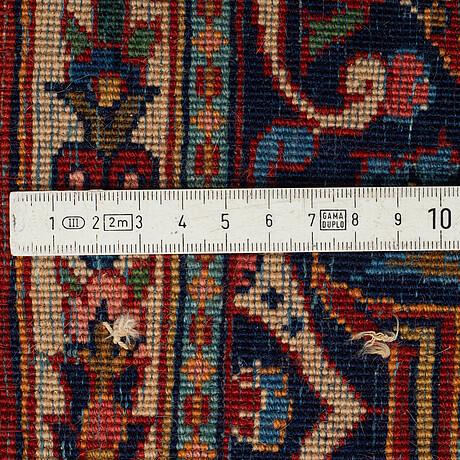 Matta, semiantik keshan, ca 203 x 138 cm.