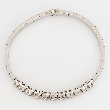 White gold and  brilliant-cut diamond bracelet.