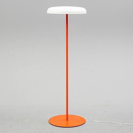 A floor lamp from Örsjö belysning.