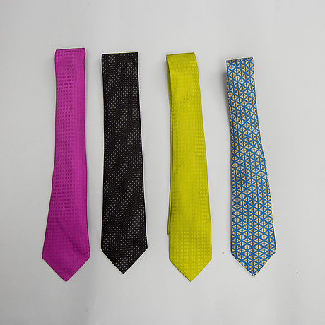 HermÈs, 4 silk ties.