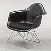 Charles and ray eames, a 'lar / cat cradle' chair, herman miller, 1950's-/60's.