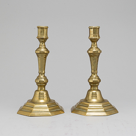 Ljusstakar, ett par, troligen frankrike, 1700-tal.
