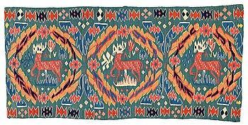 "291. A CARRIAGE CUSHION, tapestry weave, ""Kungahjorten"", ca 50 x 104,5 cm, Scania (Sweden),"