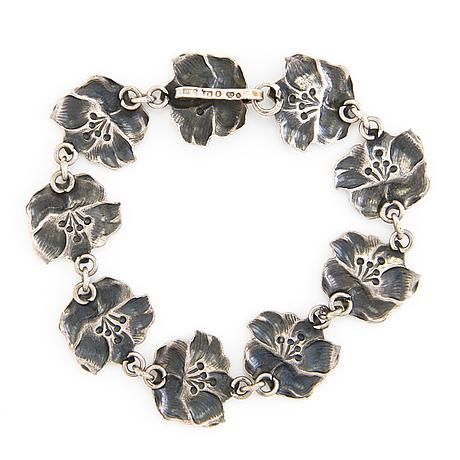 A silver bracelet. sweden 1947.