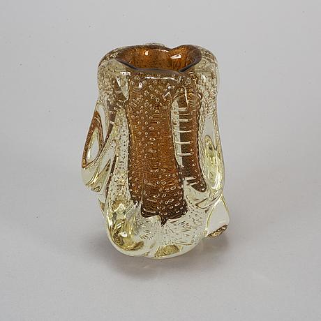 Flavio poli, a glass vase, seguso vetri d'arte, italy, mid 20th century.