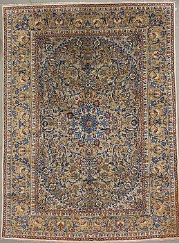 A carpet from kashan, around 413 x 309 cm.