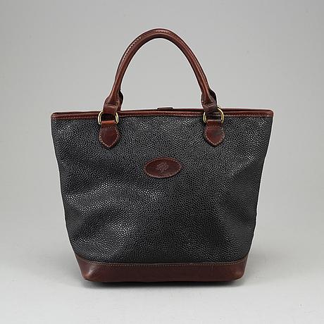 Mulberry, a scotchgrain leather bag.