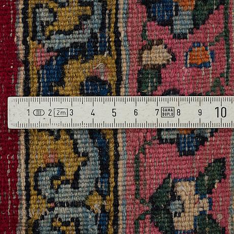 Matta, semiantik kirman, ca 363 x 264 cm.