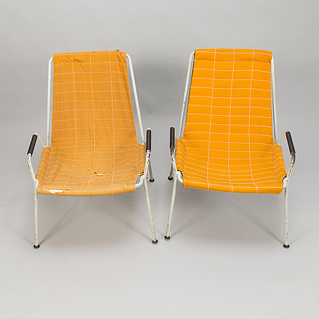 Aarne ervi, a pair of mid-20th century armchairs for merivaara finalnd.