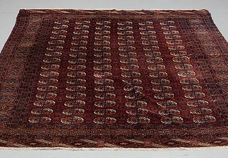 Semi-antique tekke turkmen,  ca 279 x 212 cm.