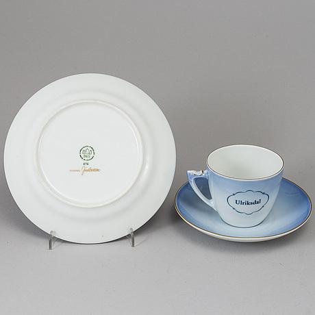 Bing & grØndahl, a porceine coffee service, 37 psc.
