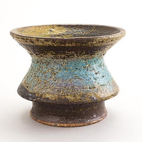 Toini muona, a ceramic vase, signed.