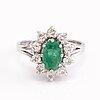 Ring, 18 k vitguld, smaragd, diamanter ca 0.5 ct tot.