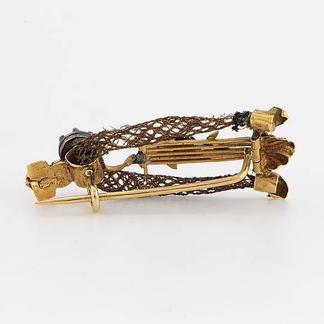 1800's brooch, hair, gold and rose-cut diamond.