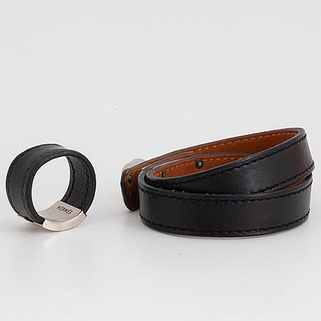 HermÈs, a 'kelly double tour' bracelet size s and a ring size xl.