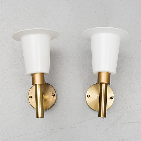 Uno & Östen kristiansson, a pair of brass wall light from luxus.