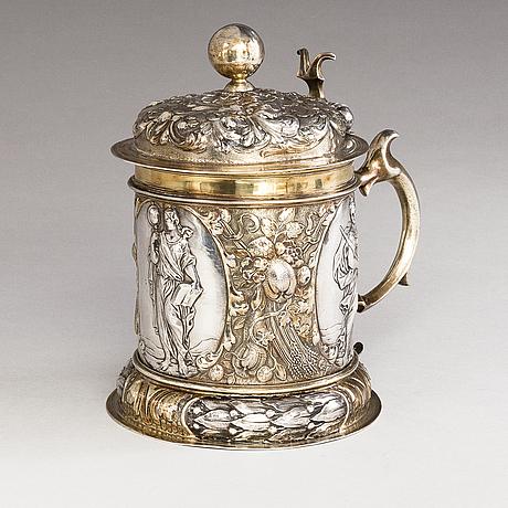 Adolf gaap, a parcel-gilt silver tankard, augsburg, germany 1690-1695.