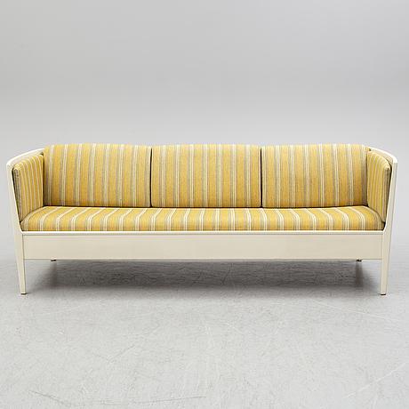 """Carl malmsten, soffa, """"ulfåsa"""", 1900-talets mitt."""