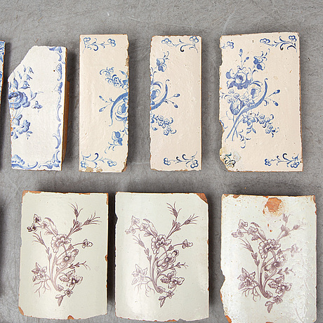 Eighteen ceramic tiles, 18th century.