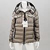 Moncler edward down jacket in size 3.
