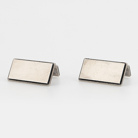 A pair of stigbert cufflink silver.