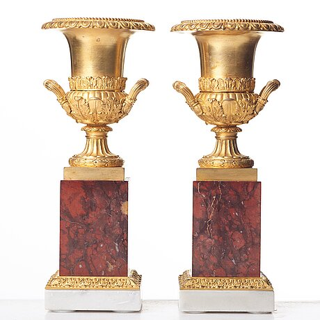 A pair of french empire urns, beginning of the 1800's.
