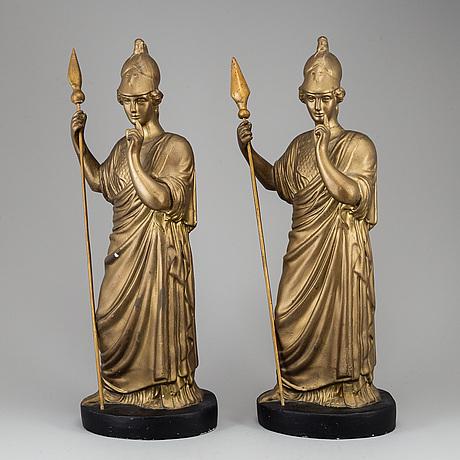 Skulpturer, ett par, målad och bronserad gjutmassa, 1900-talets första hälft.