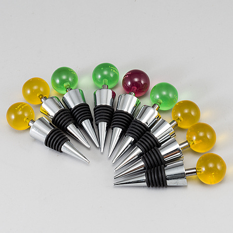 A set of 9 champagne stoppers, 1970s.