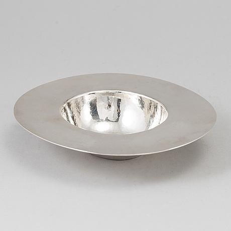 A birger haglund sterling silver bowl, stockholm 1981.