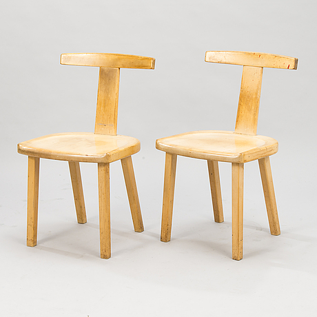 Olavi hÄnninen a pair of  'juha' chairs for huonekalu mikko nupponen, finland.