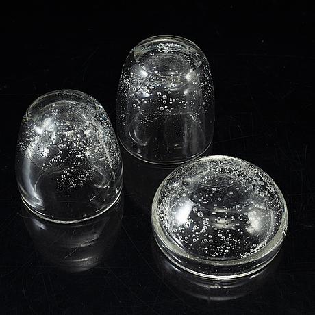 Kaj franck, four glass items from iittala and nuutajärvi notsjö, finland.