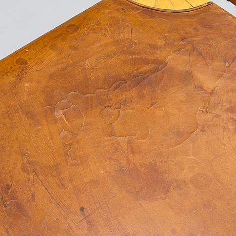 Alvar aalto, pallar, ett par, modell x602, artek 1900-talets mitt.
