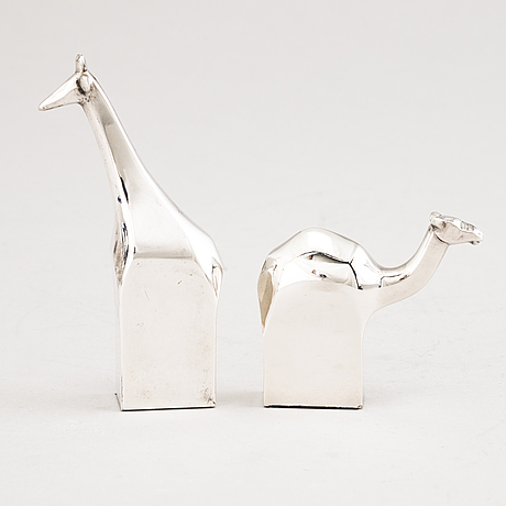 Gunnar cyrÉn, two figurines in silverplated zink. dansk designs, japan.
