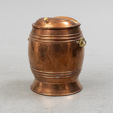 Vattentunna, koppar, 1800-tal.