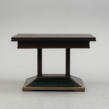 An early 20thc entury table.