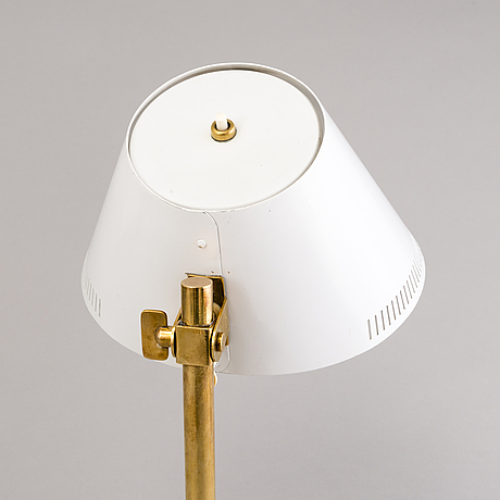 A model 9227 desk light by paavo tynell marked taito idman vm 424.