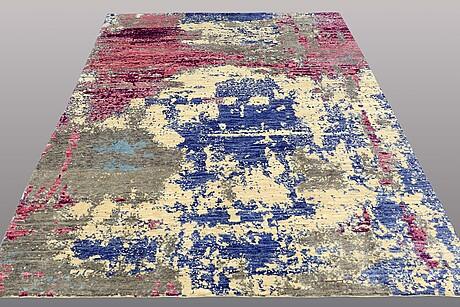 A carpet, oriental, ca 289 x 195 cm.
