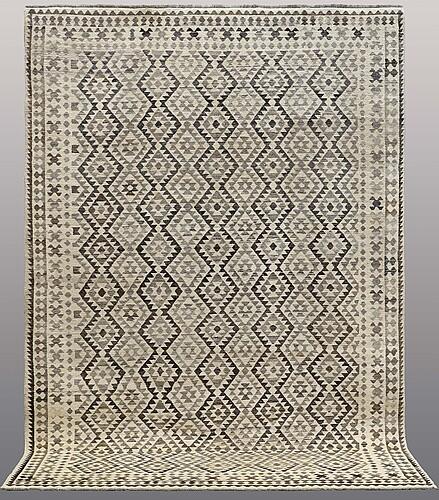 Matta, orientalisk, ca 290 x 205 cm.
