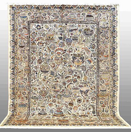Matta figural kashmar, ca 392 x 295 cm.