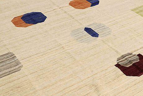 A carpet, flat weave, ca 354 x 277 cm.