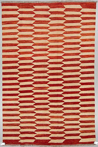 A carpet, kilim, ca 295 x 190 cm.