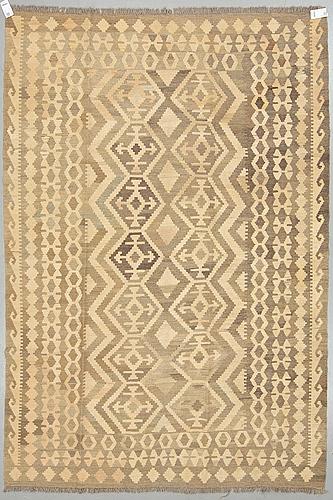 A carpet, kilim, ca 292 x 200 cm.