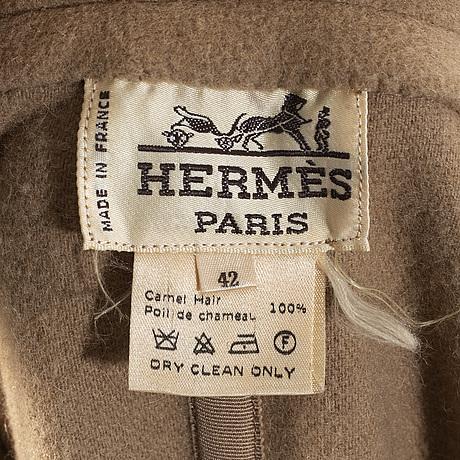HermÈs, kappa i kamelhår.
